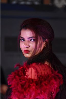 Sujata Yadav - Model in Varanasi | www.dazzlerr.com