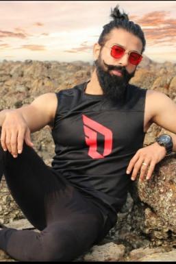 Aryan Nair Model Mumbai