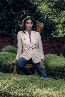 Dazzlerr - Kritika Mishra Model Delhi
