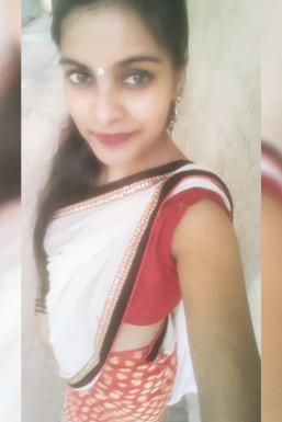 Aishwarya Tayade - Model in Nashik   www.dazzlerr.com