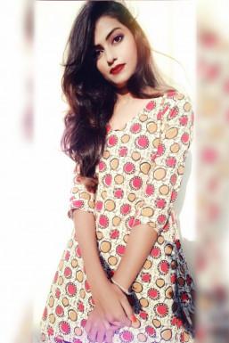 Dazzlerr - Sweta Padmashali Model Ahmedabad