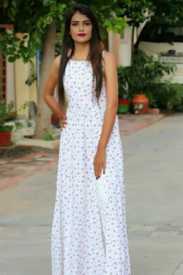 Sweta Padmashali - Model in Ahmedabad   www.dazzlerr.com