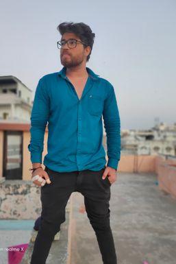 Dazzlerr - Rahul R Shroff Model Ahmedabad