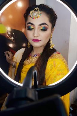 Dazzlerr - Sanjana Gupta Makeup Artist Lucknow