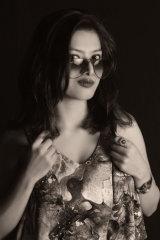 Dazzlerr - Ravina Singh Model Delhi