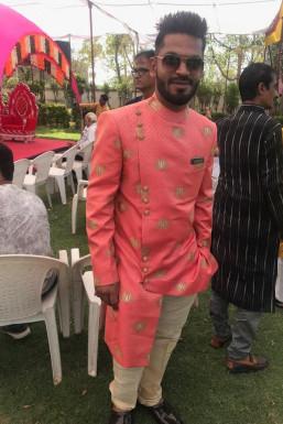 Dazzlerr - Mukesh Kishanchandani Model Ahmedabad