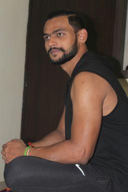 Dazzlerr - Anmol Chowdhary Model Lucknow