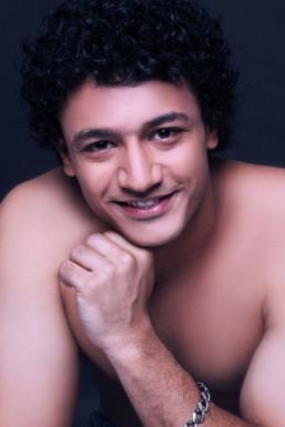 Dazzlerr - Ridham Sethi Model Delhi