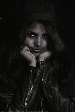Dazzlerr - Shalu Liza Model Maunath Bhanjan