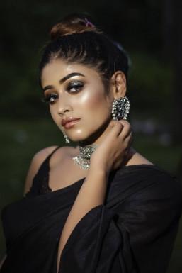 Elaxshi Biswas Model Kolkata