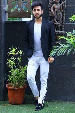 Dazzlerr - Mirza Mohd Mumtaz Model Delhi