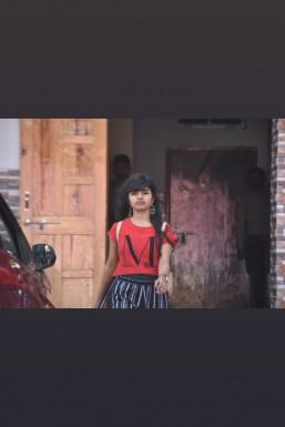 Varsha Singh Dancer Raipur