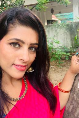 Divya - Model in Chennai | www.dazzlerr.com