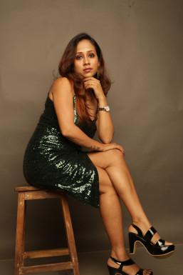 Dazzlerr - Runa Karmakar Model Navi Mumbai