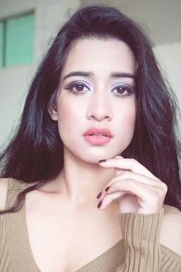 Dazzlerr - Shrinkhla Sharma Model Dehradun