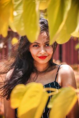 Kanishka - Model in Mumbai   www.dazzlerr.com