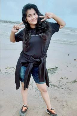 Aarya - Dancer in Nagapur | www.dazzlerr.com