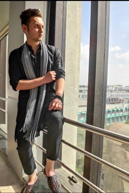 Dazzlerr - Ajaz Ahmed Patel Model Mumbai