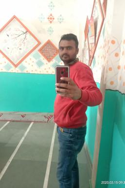 Yogendra Kumar Hair Stylist Bhadohi