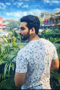 Dazzlerr - Shailender Kumar Model Gurgaon