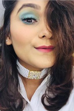 Komal Mistry Makeup Artist Mumbai