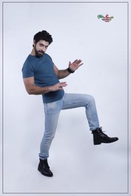 Dazzlerr - Usman Ali Khan Model Srinagar