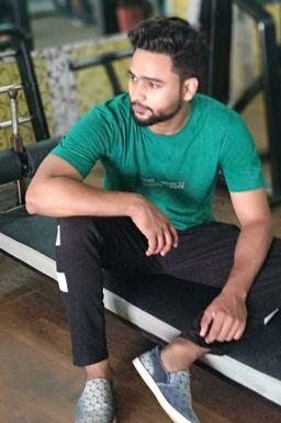 Dazzlerr - Avnish Upadhyay Model Lucknow