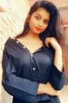 Dazzlerr - Tanishka Jain Model Agra