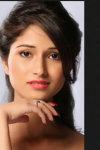 Dazzlerr - Akansha Negi Model Delhi