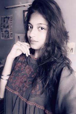 Dazzlerr - Sanjana Uppal Model Patiala