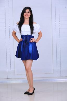 Dazzlerr - Prajakta Duragkar Model Nagpur