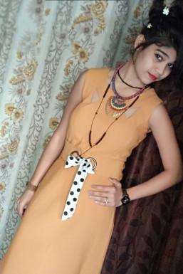 Himanshi Singh - Model in Agra   www.dazzlerr.com