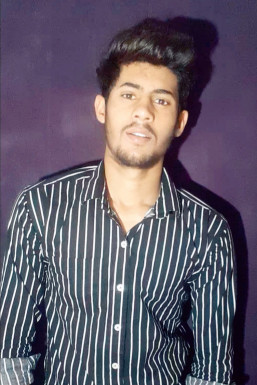 Dazzlerr - Arjun Singh Model Hoshiarpur