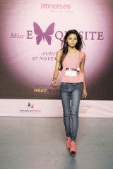 Dazzlerr - Sujata Model Delhi