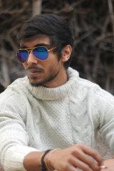 Dazzlerr - Karnam Model Delhi