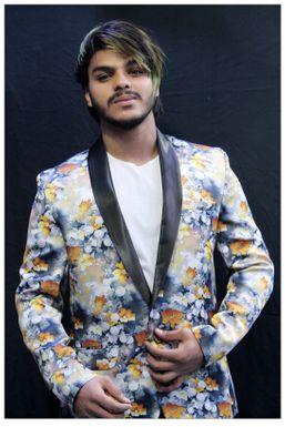 Dazzlerr - Aahil Khan Model Delhi