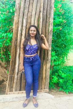 Dazzlerr - Trishita Banerjee Model Pune