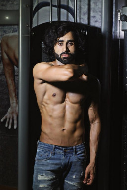 Dazzlerr - Pratyush Choudhary Model Ghaziabad