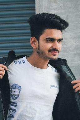 Dazzlerr - Arbaj Khan Model Durg