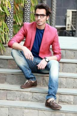 Dazzlerr - Mustafa Model Delhi