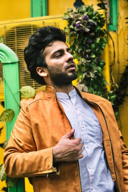 Dazzlerr - Amogh K Shandilya Model Delhi