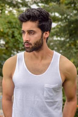 Dazzlerr - Mir Salman Model Srinagar