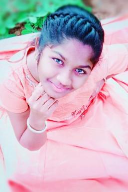 Gowri Priya Photographer Anantapur