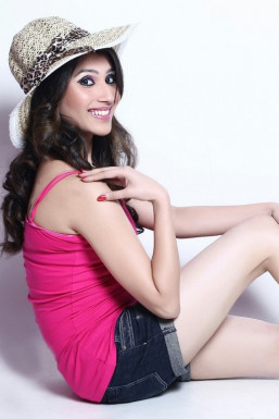 Dazzlerr - Nupur Sharma Model Delhi
