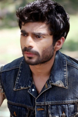 Dazzlerr - SHRIJIT SINGH MARWAH Model Delhi