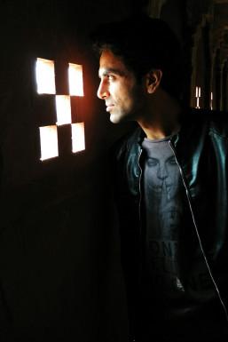 Arshid - Model in Delhi | www.dazzlerr.com