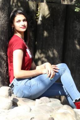 Dazzlerr - Vidhika Bragta Model Rohru