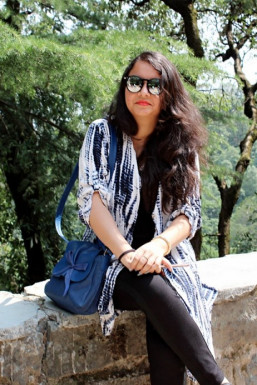 Dazzlerr - Mini Garg Model Delhi