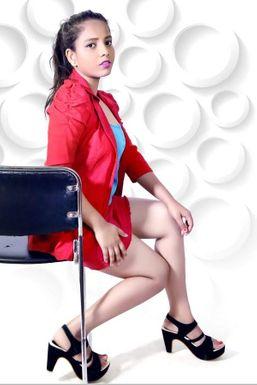 KRITHIKA VAISHYA - Actor in Mumbai   www.dazzlerr.com
