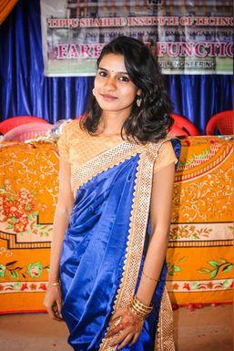 Dazzlerr - Kaveri Bhosale Model Hubli-Dharwad